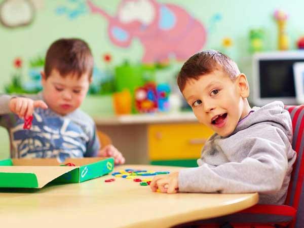 اختلال طیف اوتیستیک