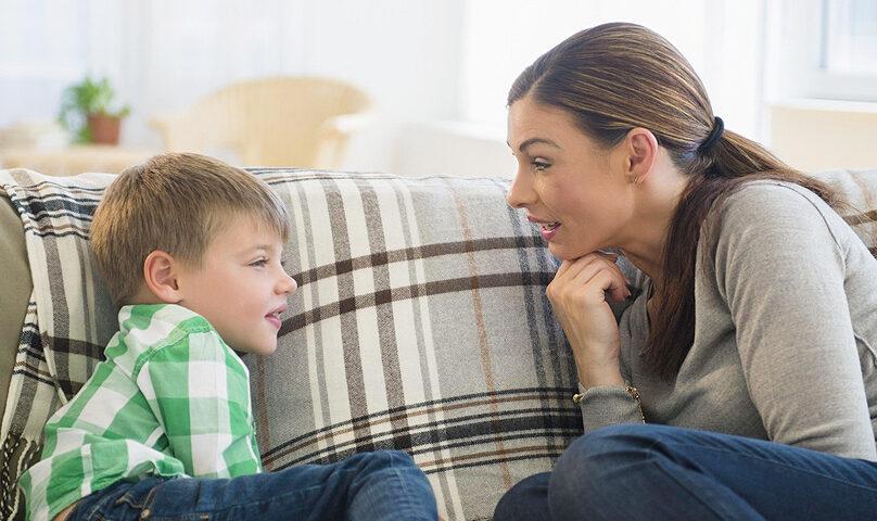 مراحل رشد گفتاری در کودکان